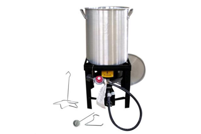 30 QT TURKEY FRYER WITH BURNER