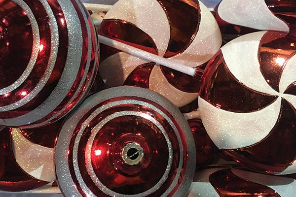 RED/WHITE STRIPE ASSORTED ORNAMENTS