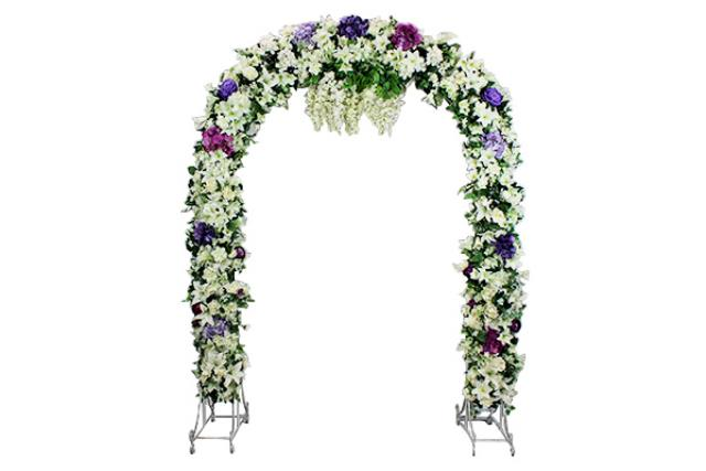 SILVER SCROLL WITH FLORAL ARCHWAY