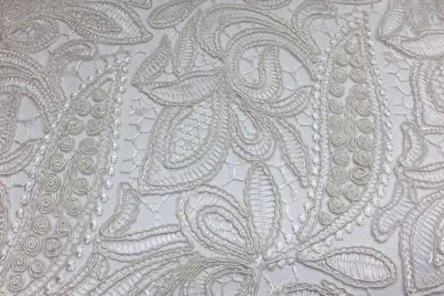 IVORY FRENCH LACE LINEN
