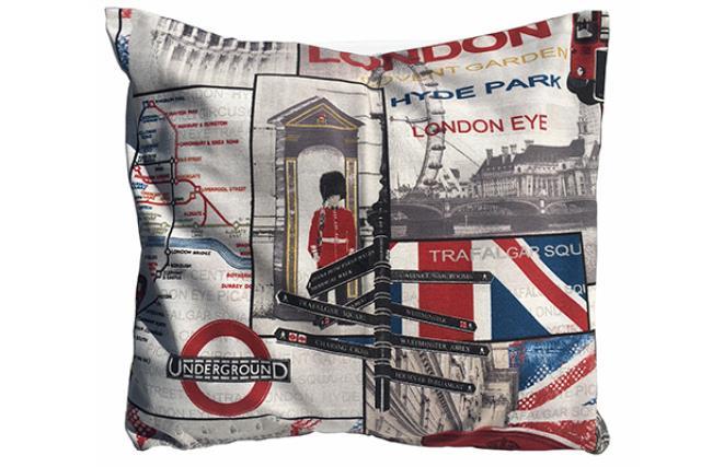 LONDON PRINT PILLOW