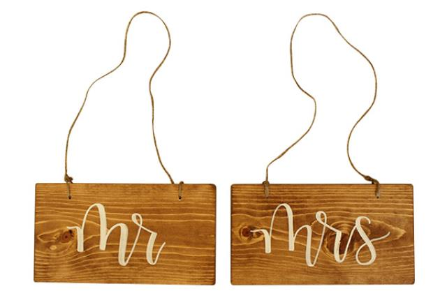 WOODEN 'MRS' SIGN