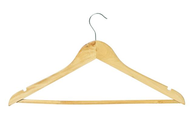 COAT HANGERS WOODEN (BIRCH)