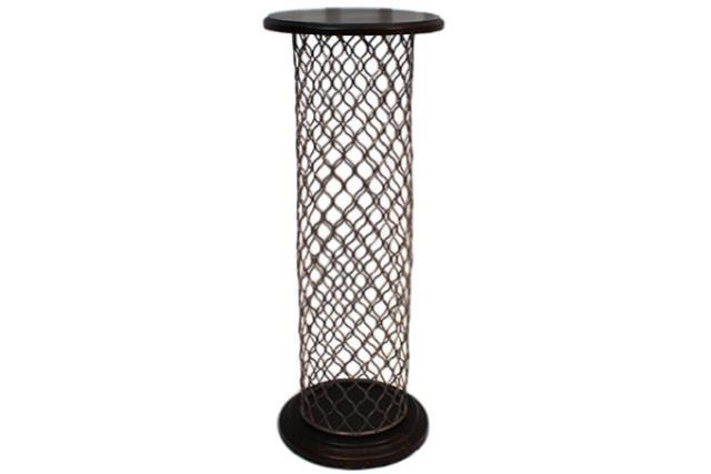 WIRE MESH PILLAR WITH WOOD TOP