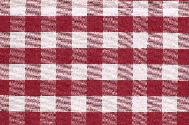 RED & WHITE CHECKERED SIGNATURE LINEN
