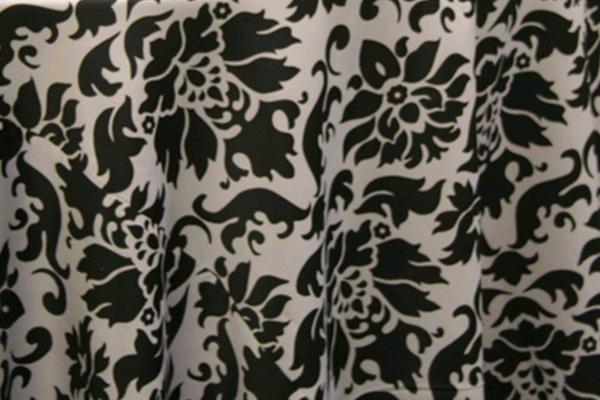 BLACK/WHITE BAROQUE LINEN