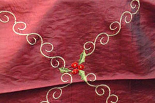 BURGUNDY WITH HOLLY EMBROIDERY RUNNER, 108