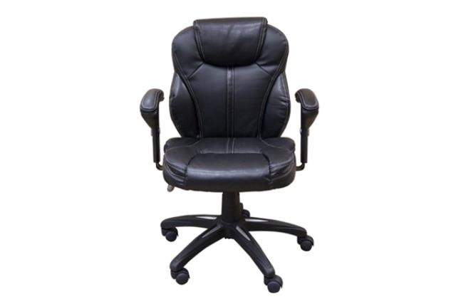 BLACK LEATHER OFFICE CHAIR W/ARMS